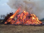 easter-fire-86870_150